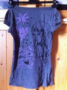 (31) Tee shirt gris à motifs (T:S ou M) - 12€ img_2680-224x300